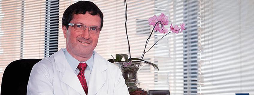 Dr. Silvio Gabor Apresenta Nova Técnica Cirúrgica no Exterior